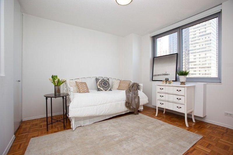 Pet-Friendly 2 Bedroom, 1 Bathroom Apartment - Image 1 - New York City - rentals