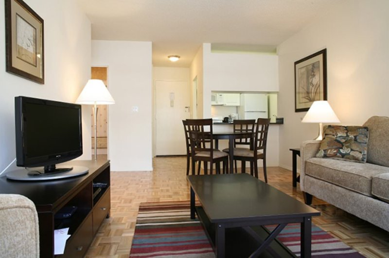 Nice and Cozy Apartment WIth 1 Bedroom And 1 Bathroom - Fitness Center - Image 1 - New York City - rentals