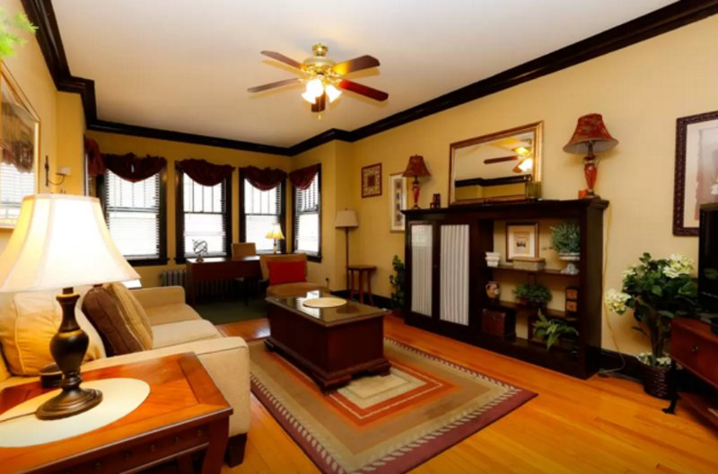 ELEGANT FURNISHED 3 BEDROOM 1 BATHROOM APARTMENT - Image 1 - Chicago - rentals