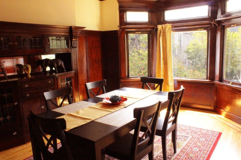 2 Bedroom, 1 Bathroom Lovely Victorian Home With Spacious Living - Image 1 - San Francisco - rentals