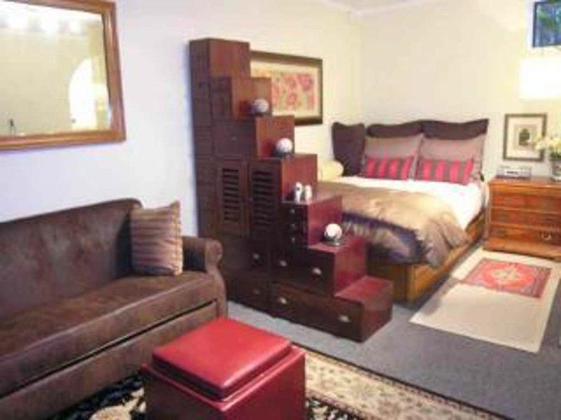 Stunning 2 Bedroom Apartment - Los Angeles - Image 1 - Los Angeles - rentals