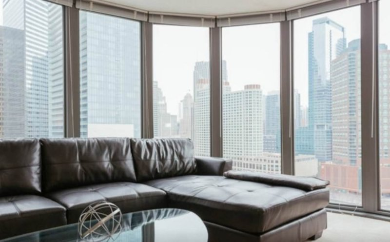 Spacious 2 Bedroom Apartment in Chicago - Spectacular City Views - Image 1 - Chicago - rentals