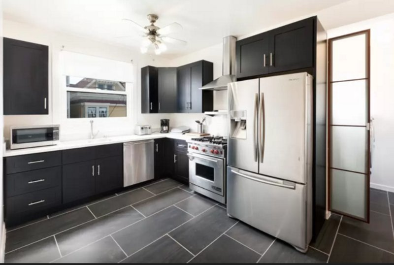 CLEAN AND WELL-APPOINTED 2 BEDROOM, 1 BATHROOM APARTMENT - Image 1 - San Francisco - rentals