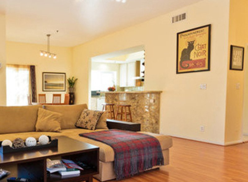 Furnished 2-Bedroom Townhouse at W Huntington Dr & S Baldwin Ave Arcadia - Image 1 - Arcadia - rentals