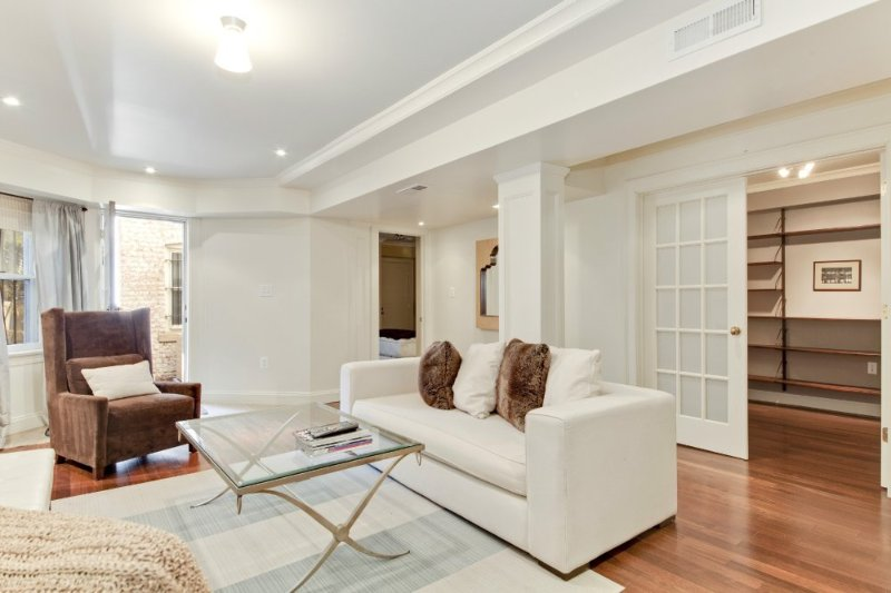 LUXURIOUS AND SPACIOUS 2 BEDROOM CONDO IN WASHINGTON - Image 1 - Rosslyn - rentals