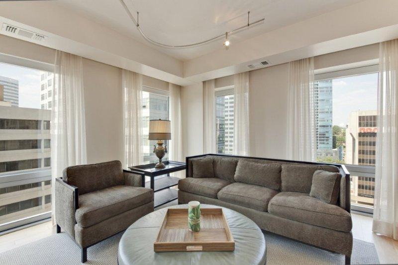 1111 N 19th Street, Unit 1506 - Image 1 - Arlington - rentals
