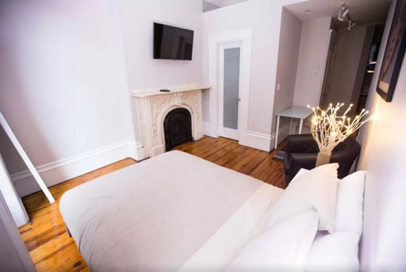 Cozy Studio Apartment in Beacon Hill Near Park St Station - Image 1 - Boston - rentals