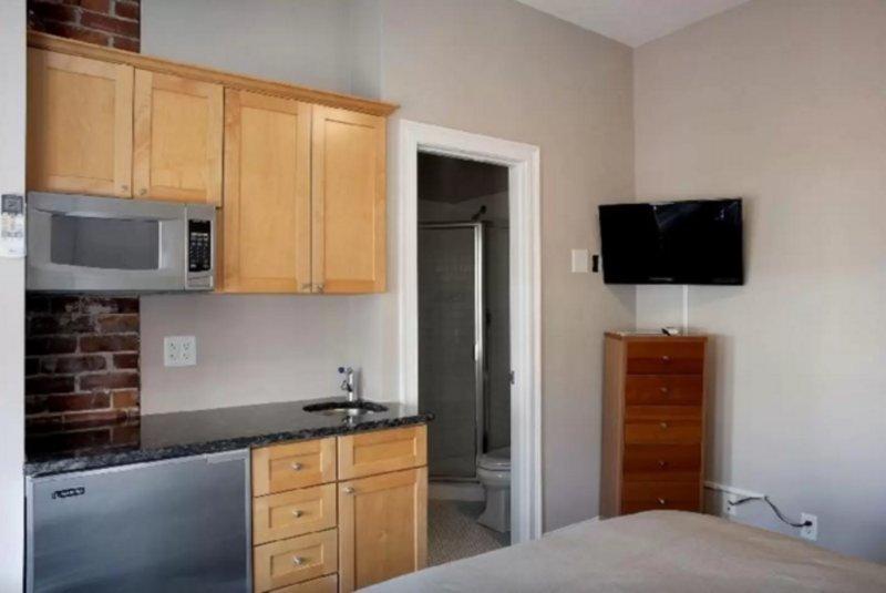 Bright and Convenient Studio Apartment in Boston - Image 1 - Boston - rentals
