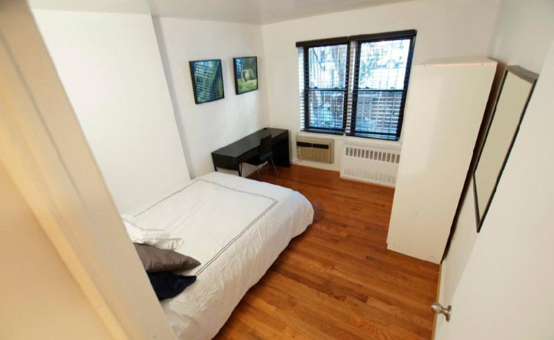 Fully Furnished 3 Bedroom, 1 Bathroom Apartment in SoHo - Image 1 - New York City - rentals