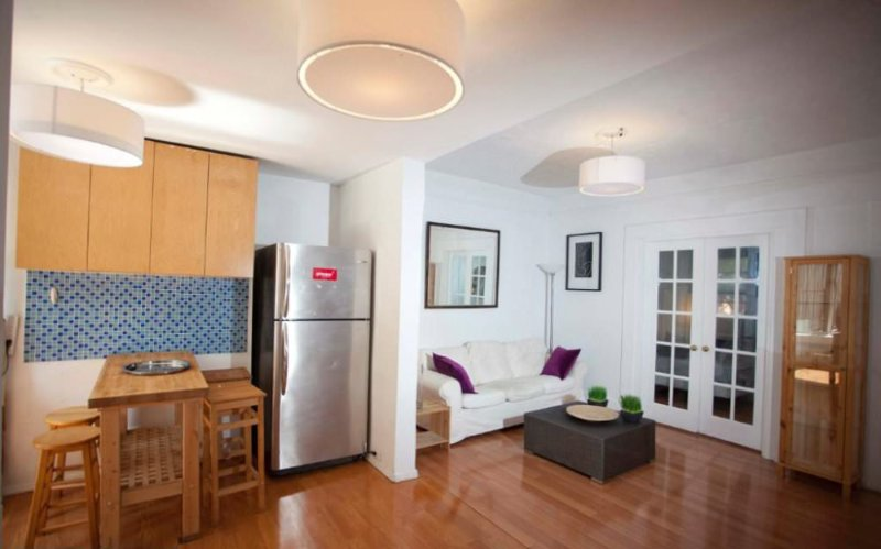 Vacation Home With 3 Bedrooms and 1 Bathroom in New York - Image 1 - Newark - rentals