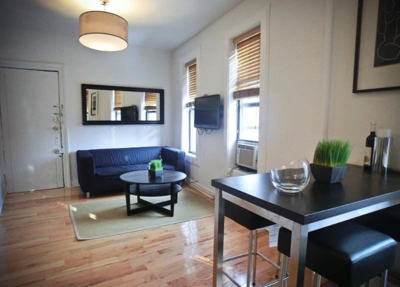 Serene and Quiet 3 Bedroom 2 Bathroom Apartment - New York - Image 1 - Newark - rentals