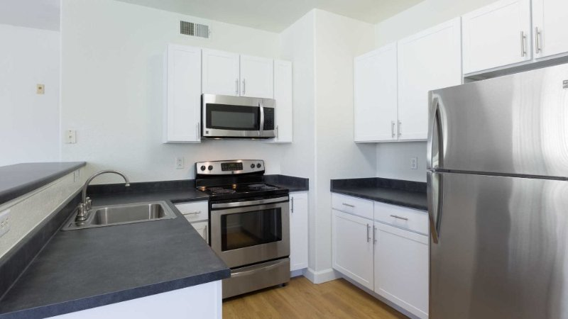 Great and Stunning 2 Bedroom Apartment in Fremont - Image 1 - Fremont - rentals