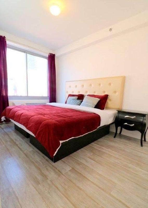 Tastefully Furnished 2 Bedroom 1 Bathroom Apartment in New York - Image 1 - Weehawken - rentals