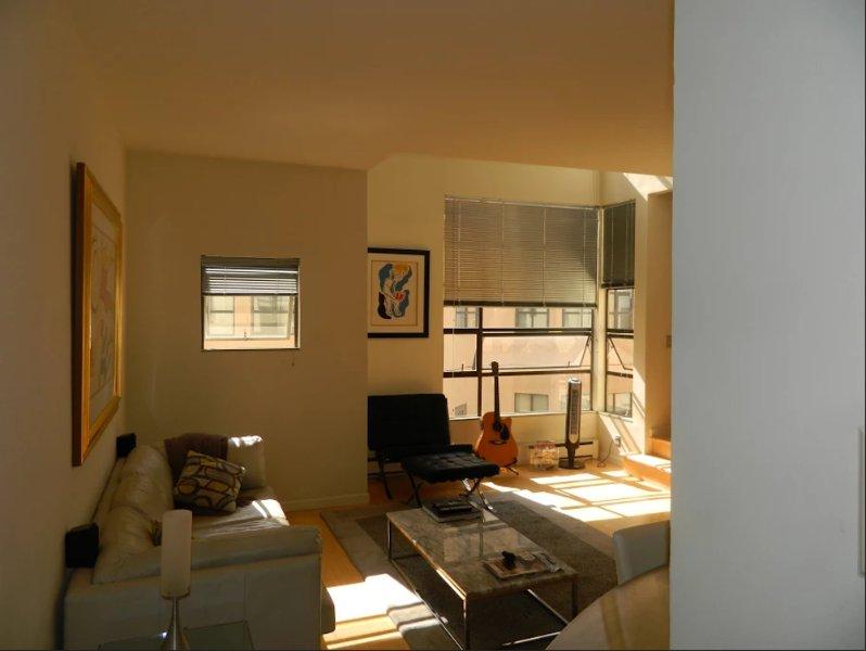 Furnished 1-Bedroom Apartment at Mason St & Vandewater St San Francisco - Image 1 - San Francisco Bay Area - rentals