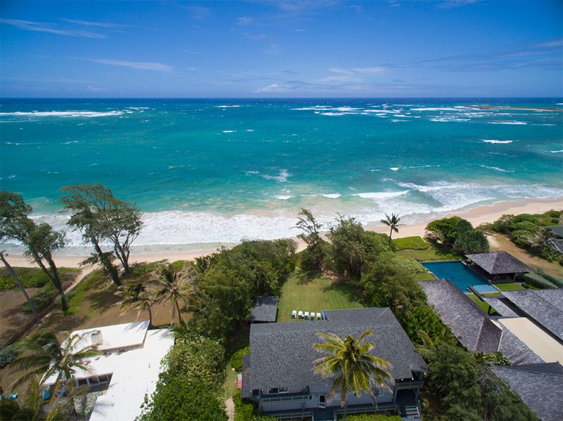 Moani Kaiolohia - beachfront, for large groups - Image 1 - Laie - rentals