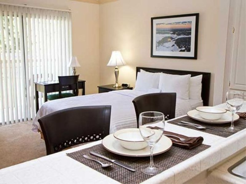 Furnished 2-Bedroom Apartment at Forest Lawn Dr & Barham Blvd Los Angeles - Image 1 - Los Angeles - rentals