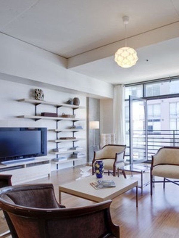 Furnished 1-Bedroom Loft at S Grand Ave & W 11th St Los Angeles - Image 1 - Los Angeles - rentals