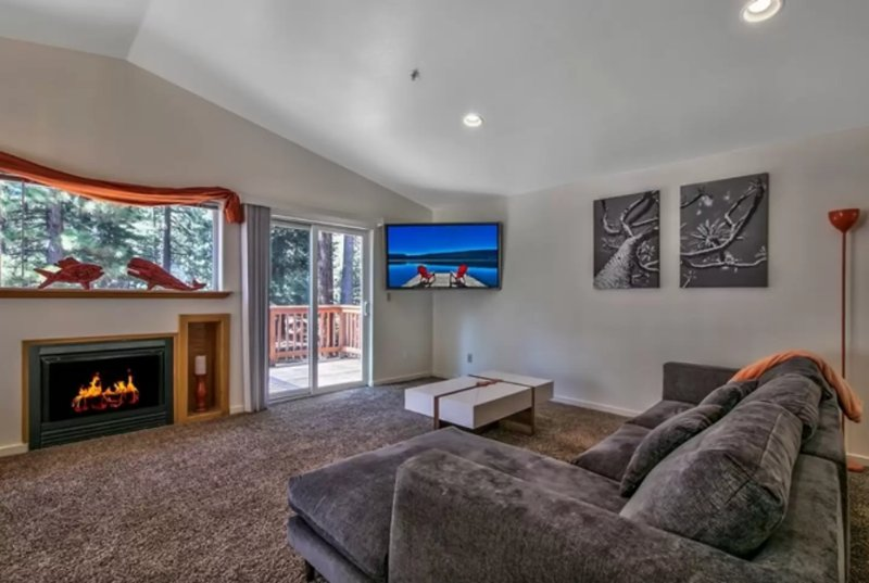 Furnished 3-Bedroom Townhouse at Eloise Ave & 12th St South Lake Tahoe - Image 1 - South Lake Tahoe - rentals