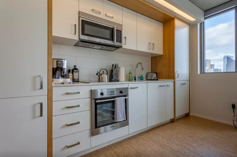 Ultra-Modern 1 Bedroom Apartment - Image 1 - Seattle - rentals