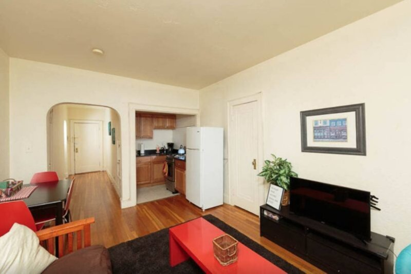 Quiet and Sunny 1 Bedroom Apartment - Image 1 - Boston - rentals