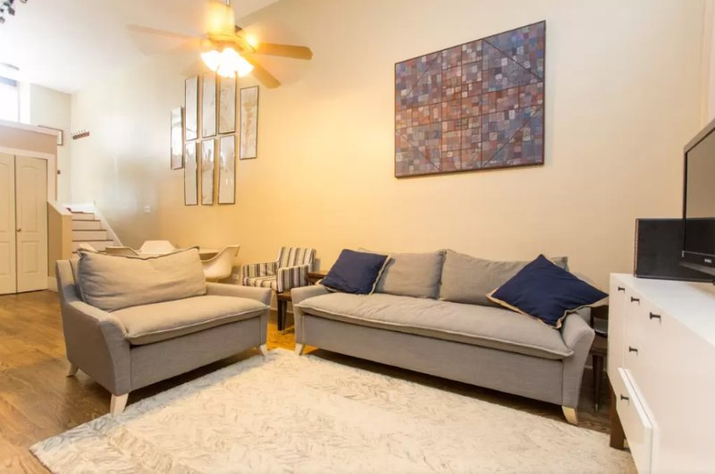 Family Friendly Lincoln Park Loft - Image 1 - Chicago - rentals