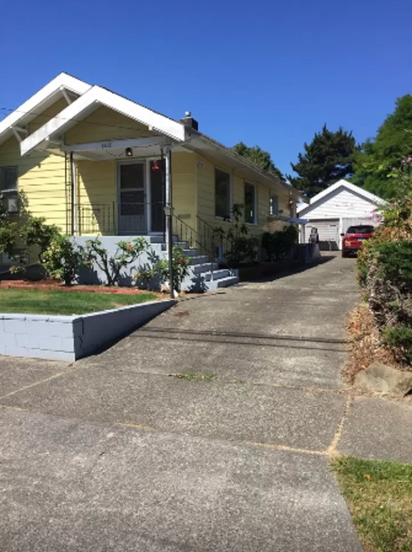 Furnished 2-Bedroom Home at 9th Ave SW & SW Cloverdale St Seattle - Image 1 - Seattle - rentals