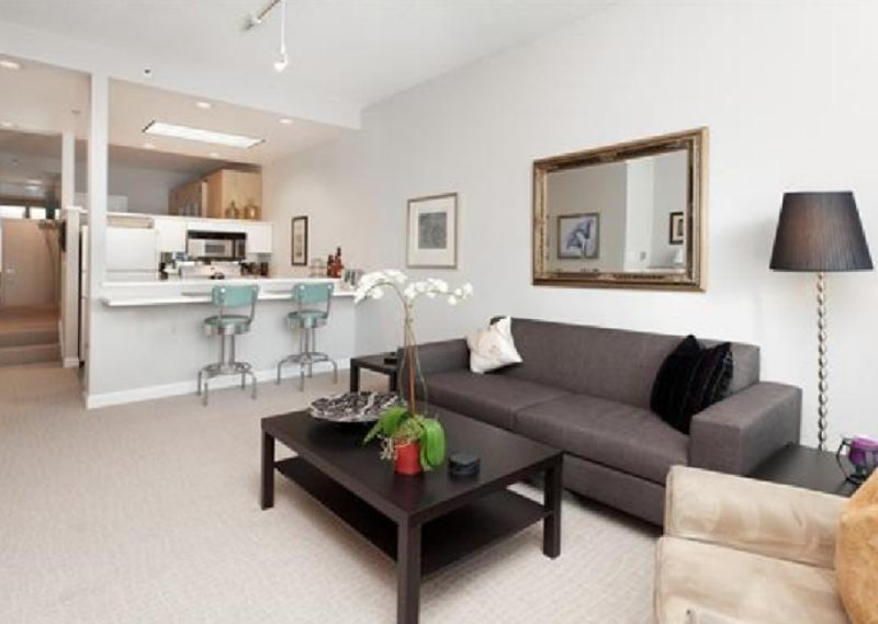 Furnished 1-Bedroom Condo at Lombard St & Montgomery St San Francisco - Image 1 - San Francisco Bay Area - rentals