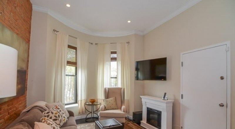 Furnished 1-Bedroom Condo at W Newton St & Public Alley 539 Boston - Image 1 - Boston - rentals