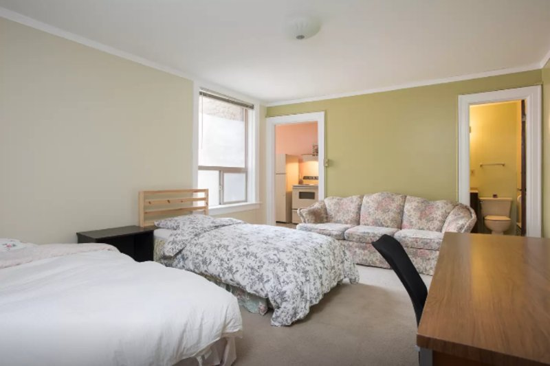Furnished 1-Bedroom Apartment at Brooklyn Ave NE & NE 47th St Seattle - Image 1 - Seattle - rentals