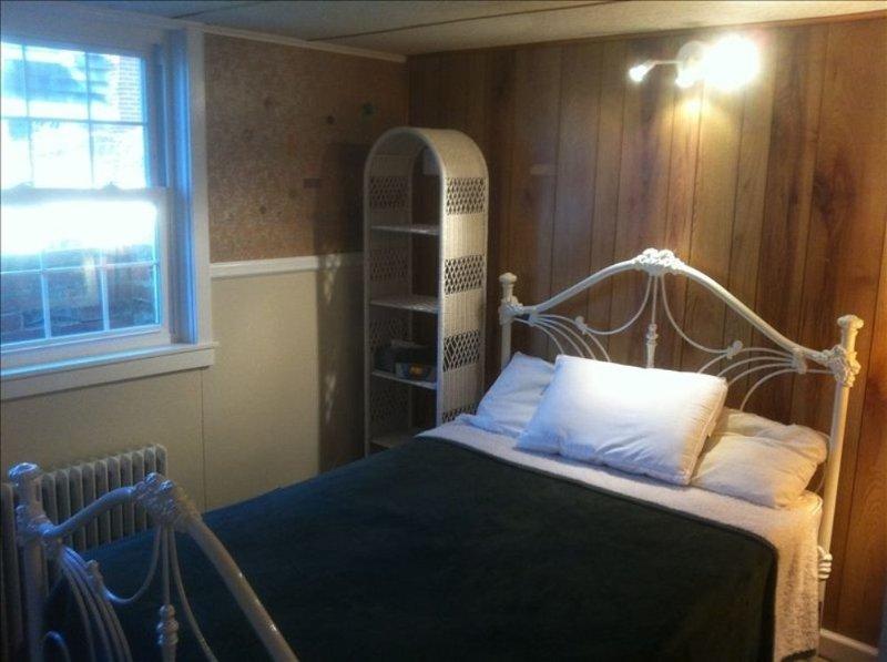 Furnished 2-Bedroom Apartment at Kenilworth Ave & Oxford St Garrett Park - Image 1 - Garrett Park - rentals