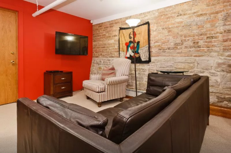 Furnished 2-Bedroom Apartment at W Barry Ave & N Sheffield Ave Chicago - Image 1 - Chicago - rentals