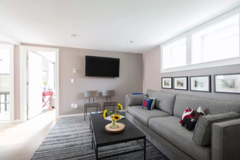 Furnished 2-Bedroom Apartment at E Highland Dr & 18th Ave E Seattle - Image 1 - Seattle - rentals