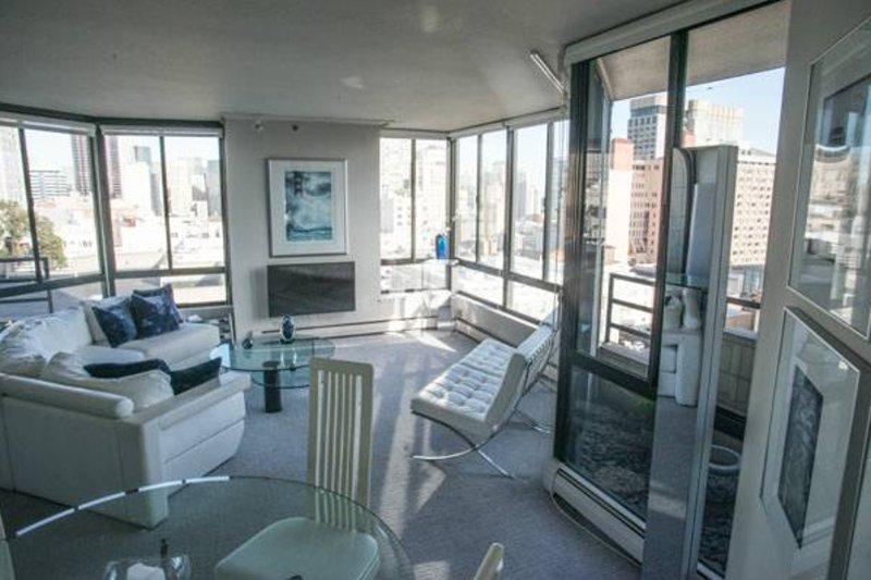 Furnished 1-Bedroom Condo at Bush St & Taylor St San Francisco - Image 1 - San Francisco - rentals