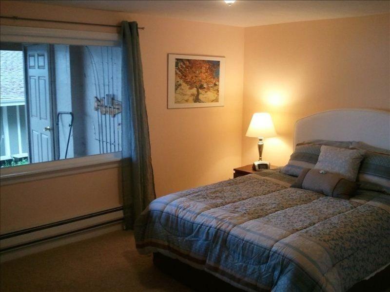 Furnished 1-Bedroom Apartment at W Lake Sammamish Pkwy SE & 170th Pl SE Bellevue - Image 1 - Bellevue - rentals