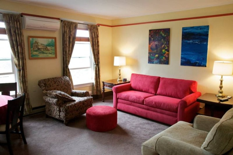 Furnished 1-Bedroom Apartment at Broadway & E Pike St Seattle - Image 1 - Seattle Metro Area - rentals