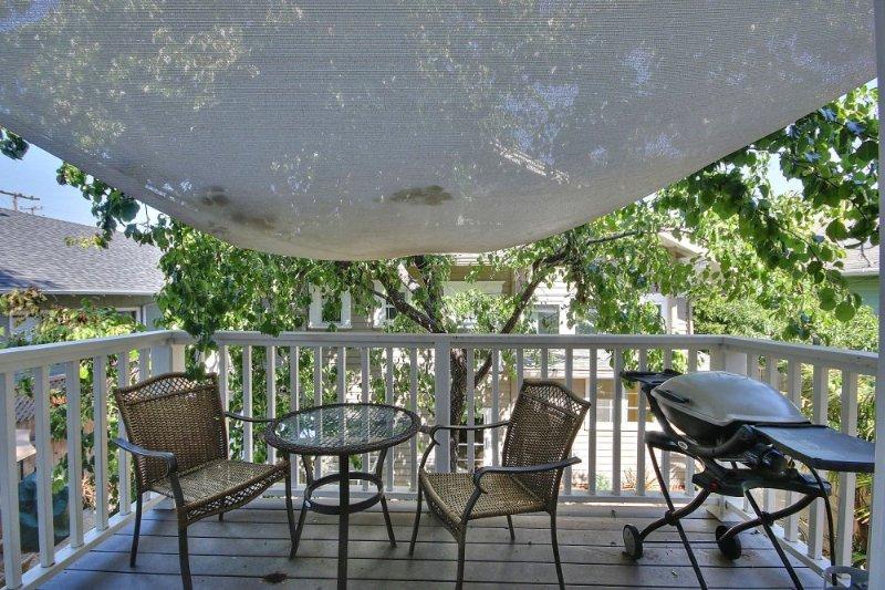 Furnished 2-Bedroom Apartment at State St & W Islay St Santa Barbara - Image 1 - Santa Barbara - rentals