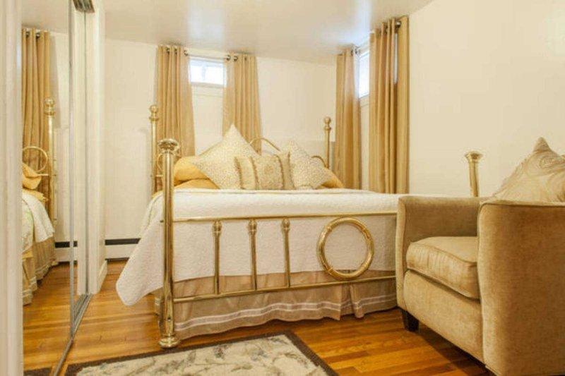 Furnished 2-Bedroom Apartment at Westervelt Ave & Cleveland St Staten Island - Image 1 - New York City - rentals
