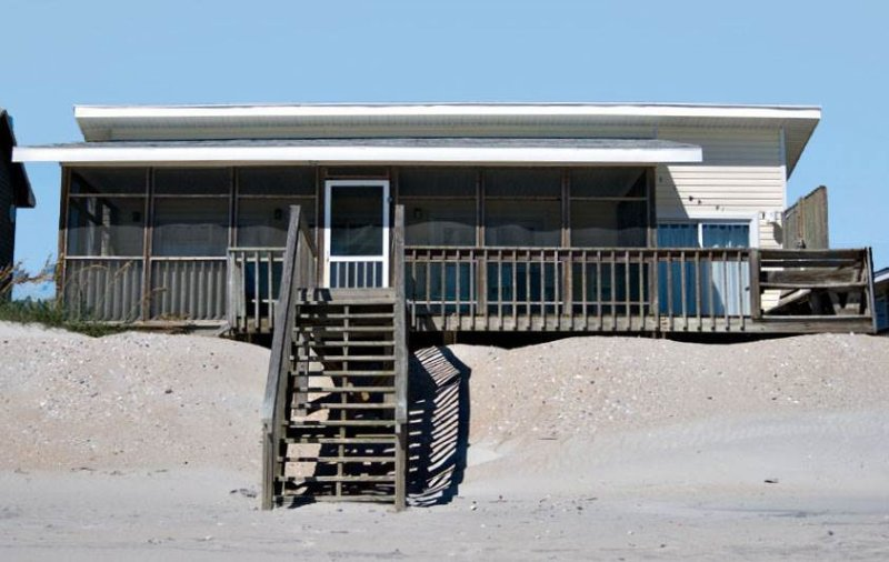 NOAH'S ARK - Image 1 - Topsail Beach - rentals