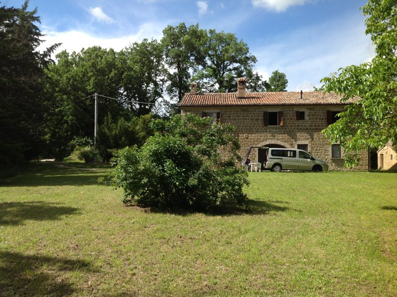 Casa Vacanze Casale Canneto - Image 1 - Frontone - rentals