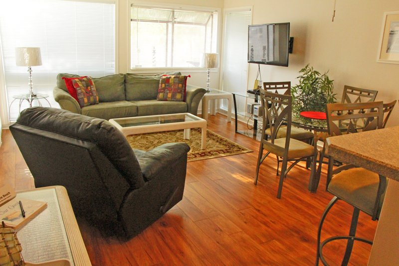Awesome Vacation Condo - Image 1 - Myrtle Beach - rentals