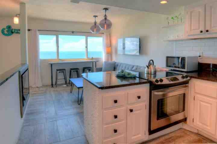 New Listing!  Pinnacle Port A1-910 - Gulf Front Condominium - Image 1 - Panama City Beach - rentals