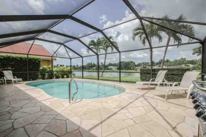 Gorgeous & inviting private heated swimming pool with incredible lake views! - Briarwood, 4 BR/3 BA, Single Story Pool Home w/2 Car Garage & Amazing Lake - Naples - rentals