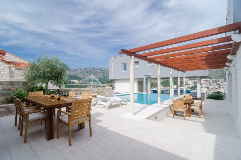 Villa Diana with Swimming Pool : Penthouse - Image 1 - Dubrovnik - rentals