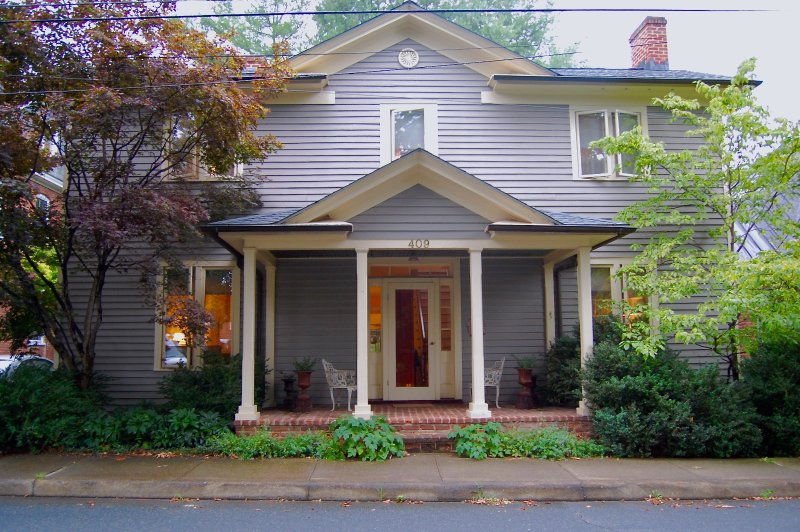 Exterior - Cope Foster guest room(s) - downtown area - Charlottesville - rentals