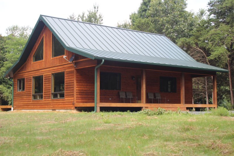 GORGEOUS NEW CABIN! Secluded,Hot tub, Wifi - Image 1 - Rileyville - rentals