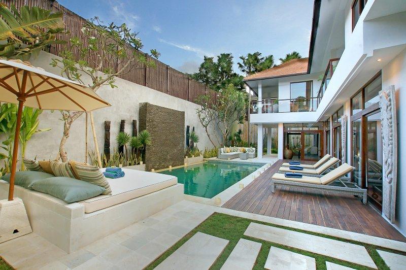 4 Bedroom large villa in Seminyak. - Image 1 - Seminyak - rentals