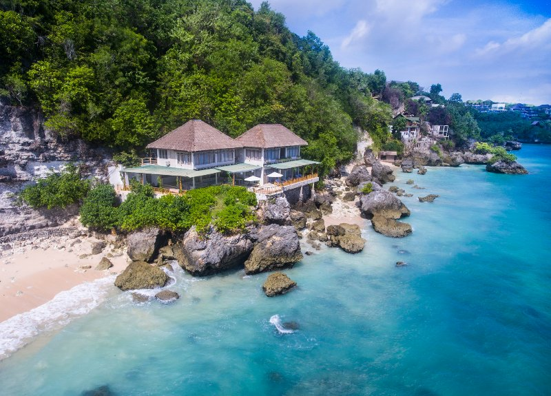 Villa Impossibles - Beachfront 4 Bedroom Villa - Image 1 - Uluwatu - rentals