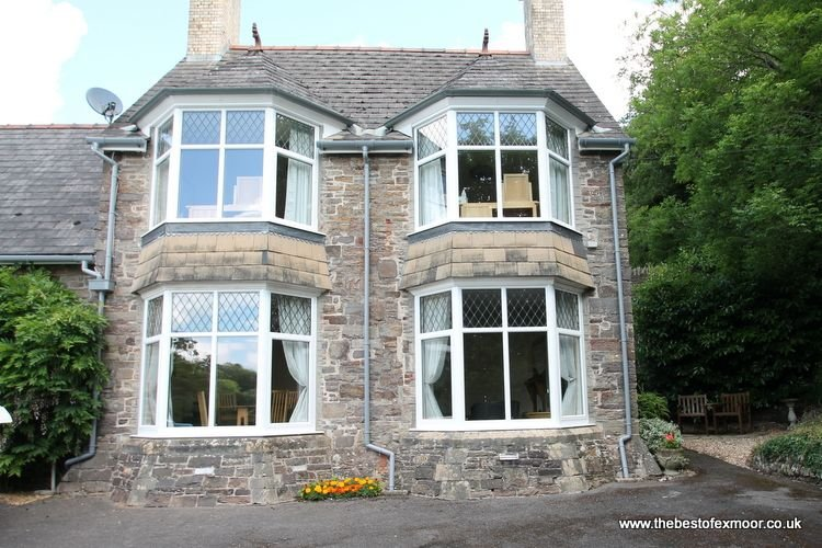 Headmasters Cottage, Dulverton - A perfect place to stay, sleeps 4 - Image 1 - Dulverton - rentals
