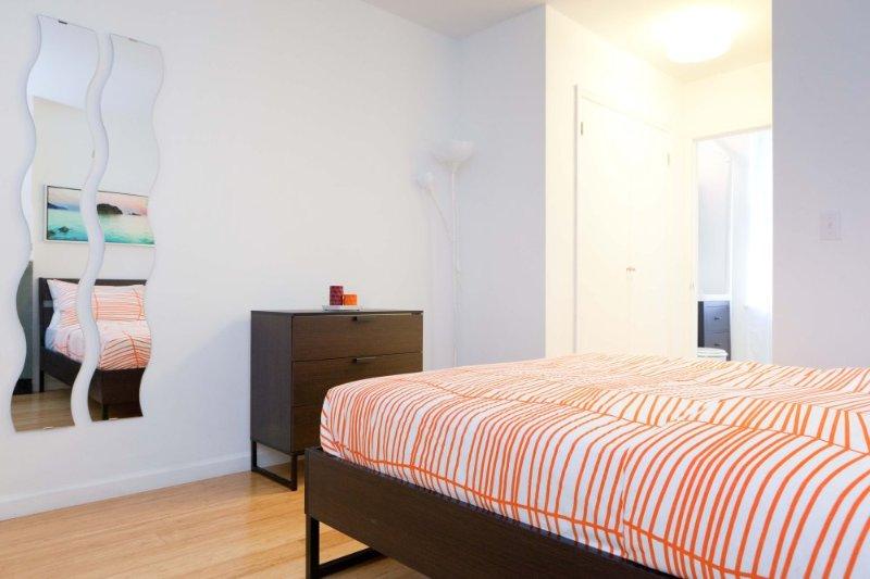 Beautiful 2 Bed 2 Bath Apartment - Image 1 - Manhattan - rentals