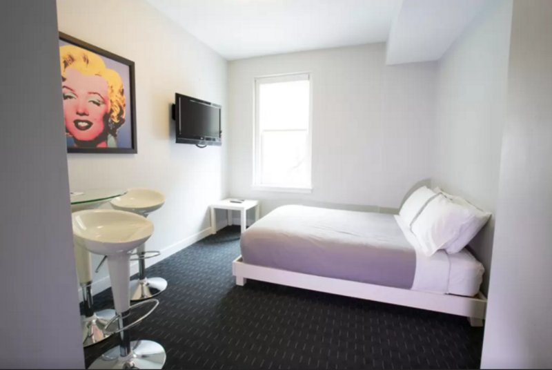 CLEAN AND WELL-APPOINTED STUDIO APARTMENT - Image 1 - Boston - rentals